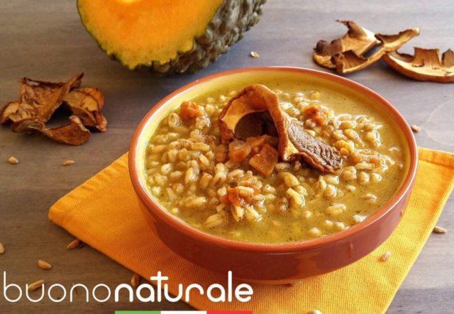 Una zuppa calda dal gusto avvolgente, che profuma di natura invernale.